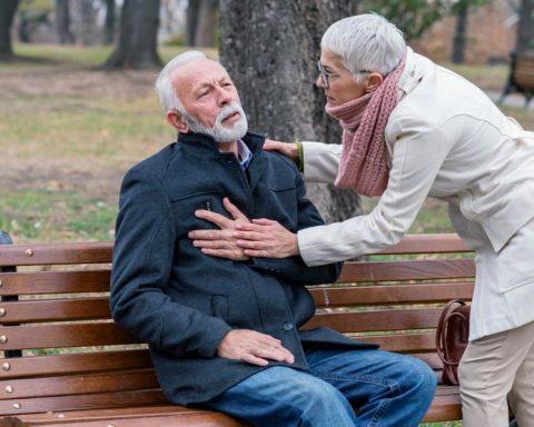 8 Tips Dan Cara Mencegah Penyakit Stroke dan Jantung, Yuk Dicoba!